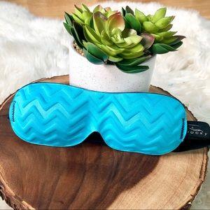 🆕NIB Bucky 40 Blink Sleep mask blue herringbone